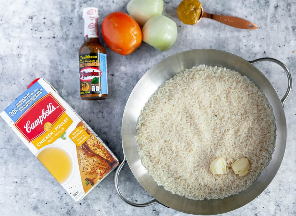 Ingredients for spicy mexican rice